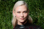 Karlie Kloss Long Wavy Cut