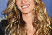 Gisele Bundchen Long Wavy Cut