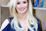 Holly Madison Long Wavy Cut
