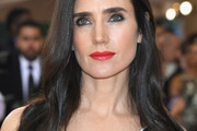 Jennifer Connelly Long Wavy Cut