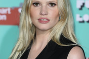 Lara Stone Long Center Part